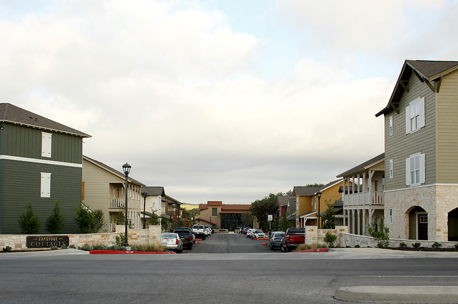 Superior Capstone Cottages Of San Marcos